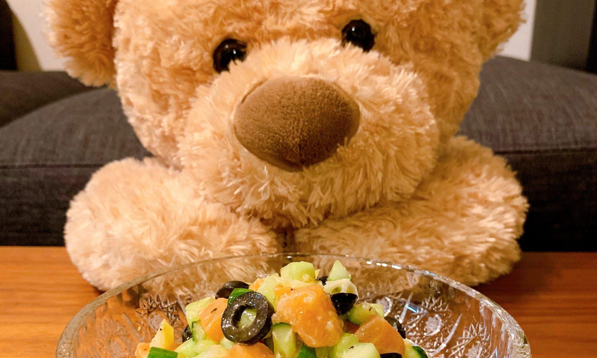サーモンとオリーブのサラダ